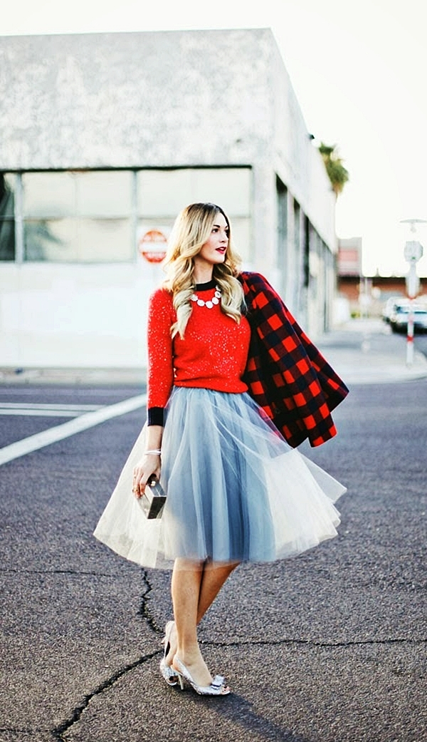 classy-ideas-to-make-your-sequin-outfits-christmas-party-ready-11