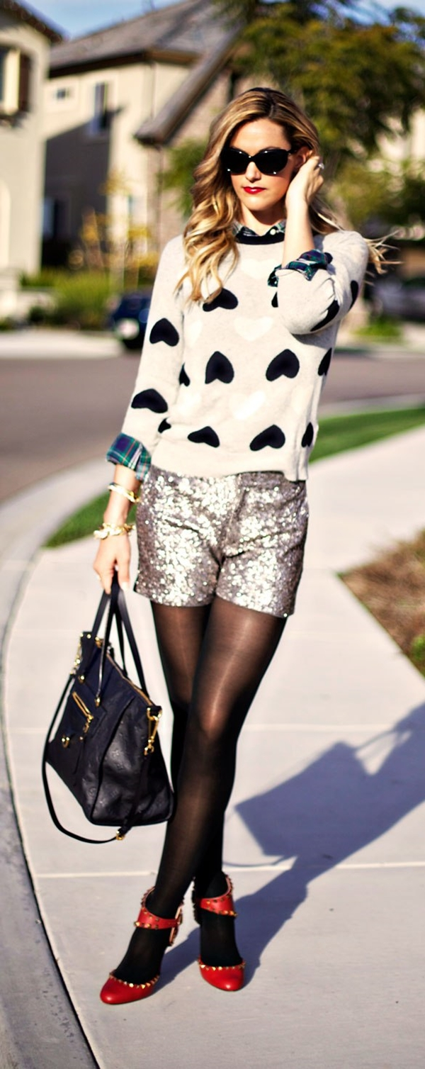 classy-ideas-to-make-your-sequin-outfits-christmas-party-ready-4