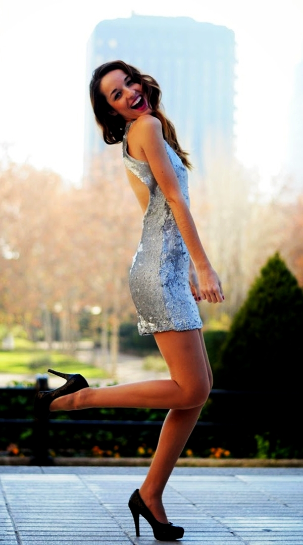 classy-ideas-to-make-your-sequin-outfits-christmas-party-ready-6