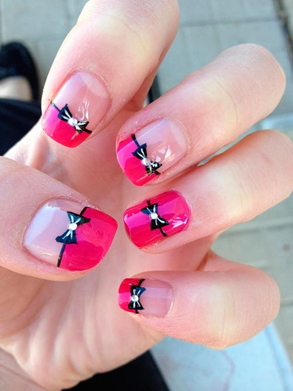 easy-christmas-nail-art-designs-and-ideas-26