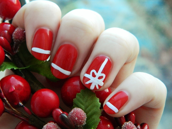 easy-christmas-nail-art-designs-and-ideas-40