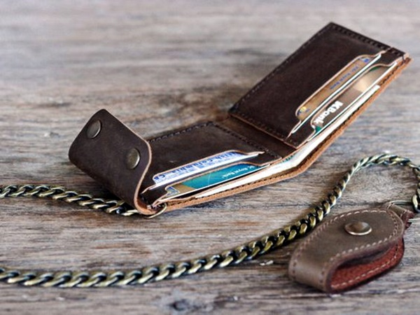 accessories-a-man-must-have-in-his-wardrobe-3