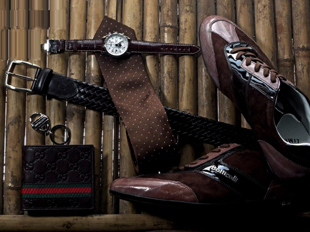 10 Accessories A Man Must Have In His Wardrobe