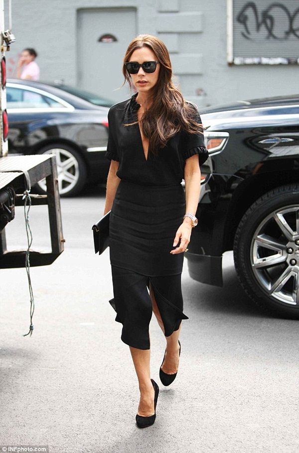 all-black-outfits-3