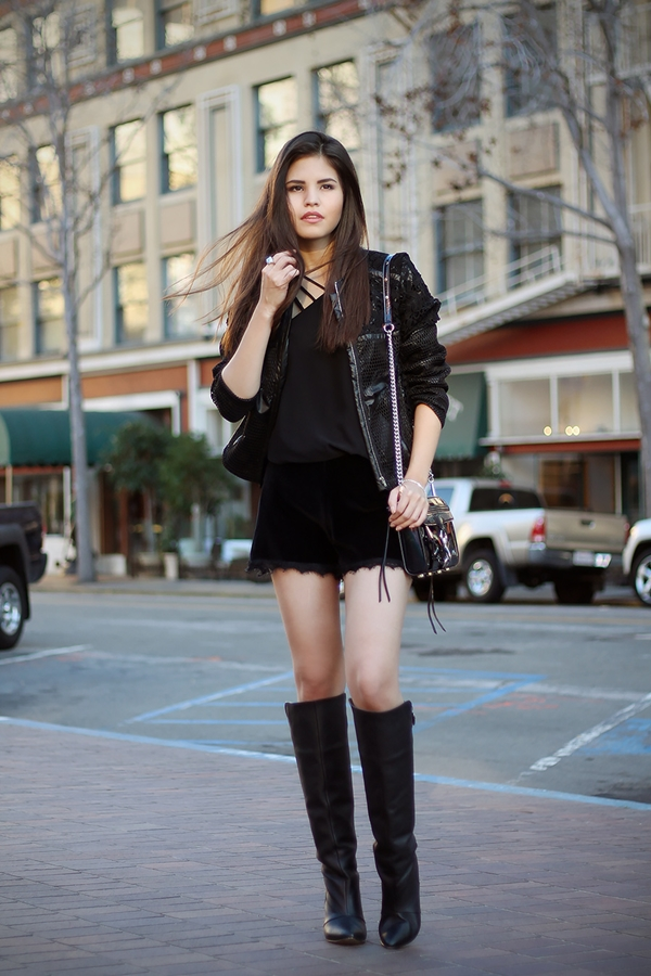 all-black-outfits-52