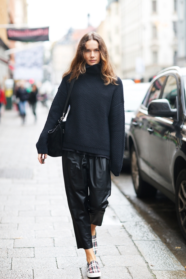 all-black-outfits-7