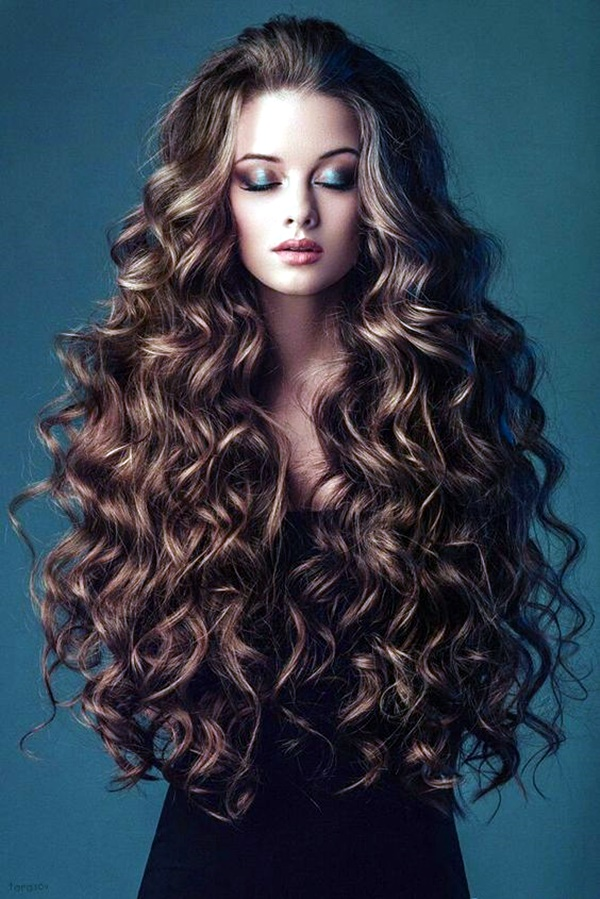 curly-hair-hairstyles-for-women-11