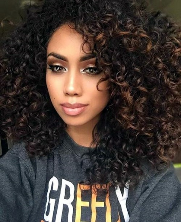 curly-hair-hairstyles-for-women-19
