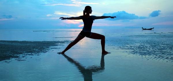 yoga-asanas-for-slimmer-tummy-6