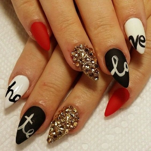 20-disastrously-festive-anti-valentine-nail-arts-for-those-who-arent-in-love-this-year-17