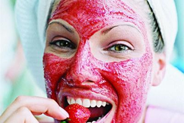 homemade-face-packs-for-ultimate-winter-glow-3
