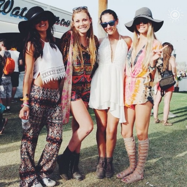 Coachella festival fashion outfits - (35)