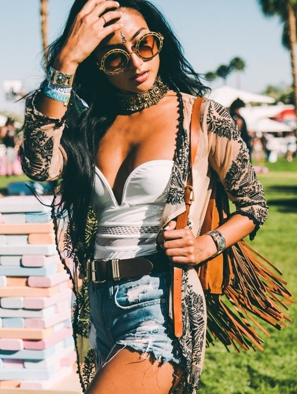 Coachella festival fashion outfits - (37)