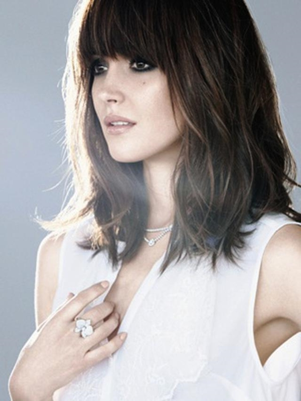 Medium Length Hairstyles and Haircuts for Women - (4)