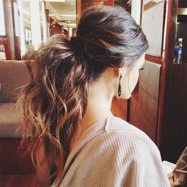 Medium Length Hairstyles and Haircuts for Women - 8