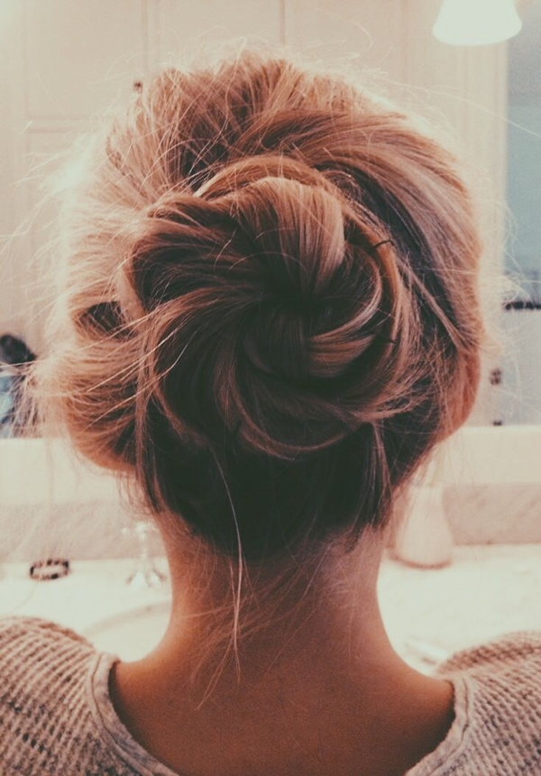 messy-hairstyles-those-are-actually-better-than-the-combed-one-d