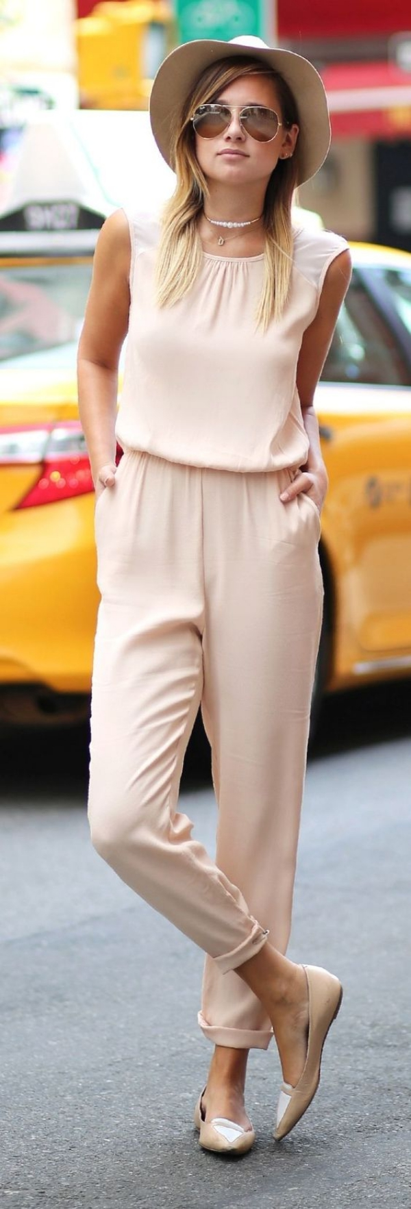 Dressing-Tips-for-Petite-Woman-13