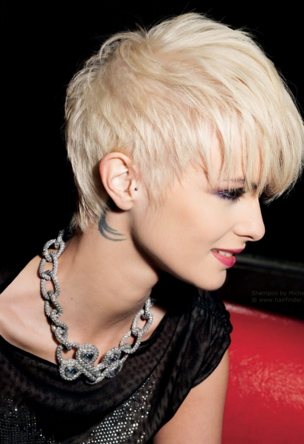 New-and-Easy-Hairstyles-for-Short-Hair-23