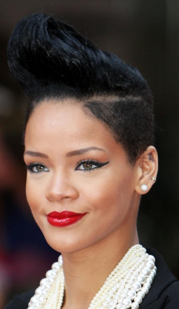 New-and-Easy-Hairstyles-for-Short-Hair-29
