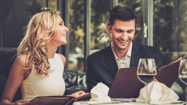 Conversation-Start-Ups-For-Your-Fab-First-Date