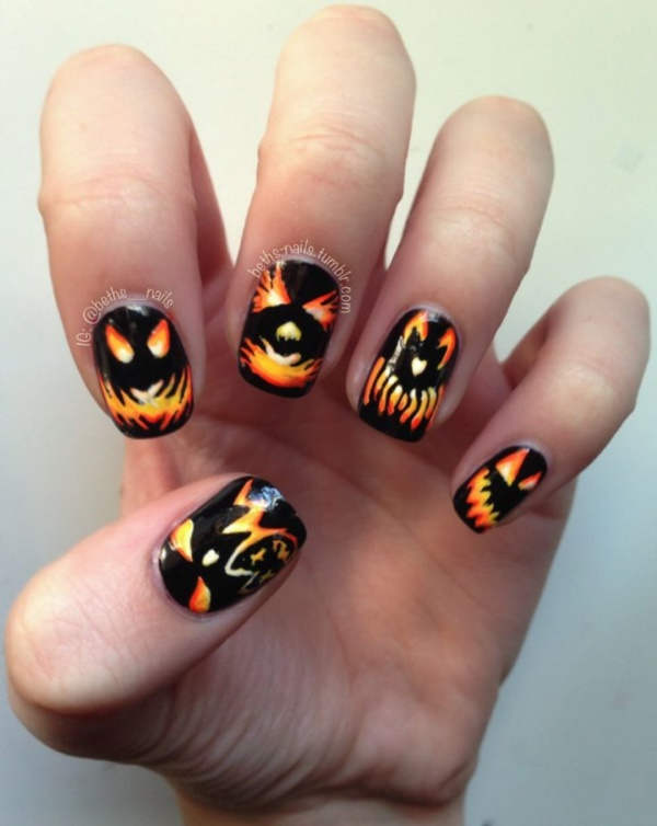 40 Scary Halloween Nails Art and Polish Designs ...