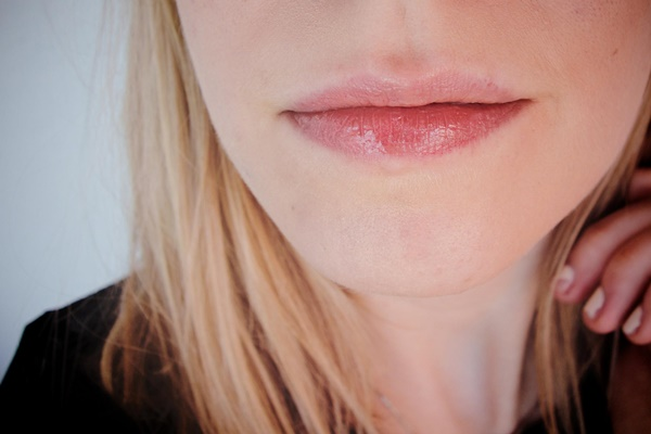 Different-Types-of-Lips-Shapes-in-Women
