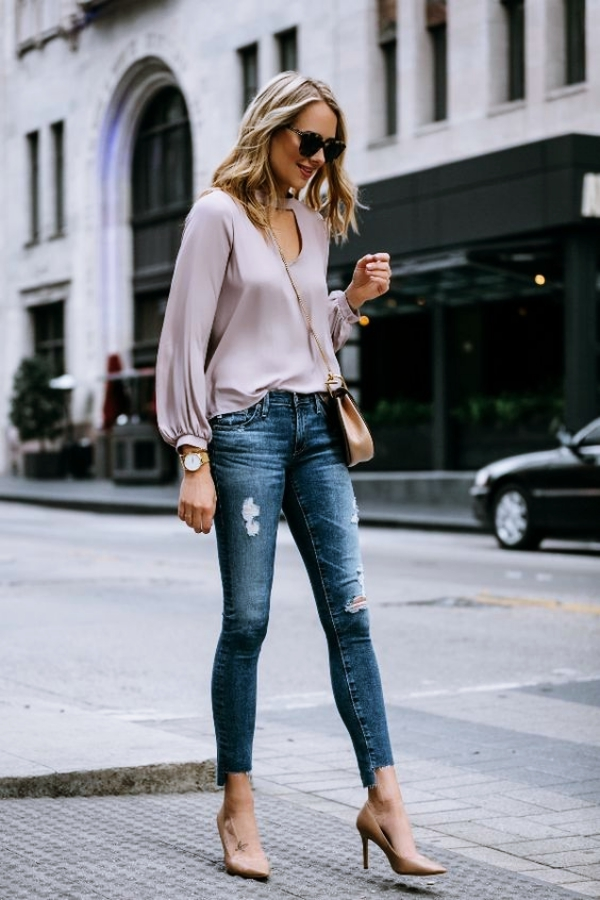 Ways-to-Wear-Jeans-to-Work