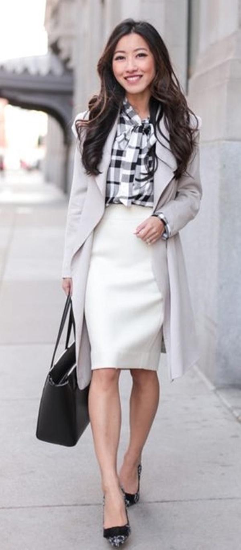 Trendy-ways-to-wear-pencil-dress-at-work