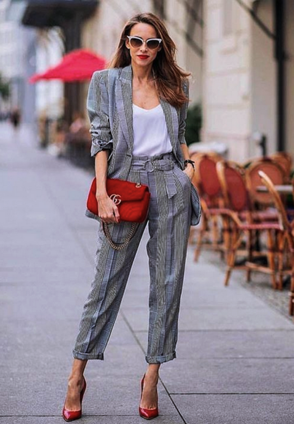 Formal-Business-Attires-with-Trousers-for-Women