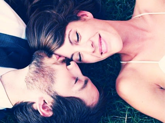 Aquarius-Man-And-Leo-Woman-Compatibility-In-Love-Relationship-And-Life