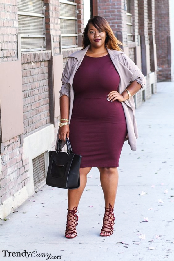 Outfits-Ideas-for-Big-Breasted-Women-Styling-Tips-for-Contouring-the-Shape-Right