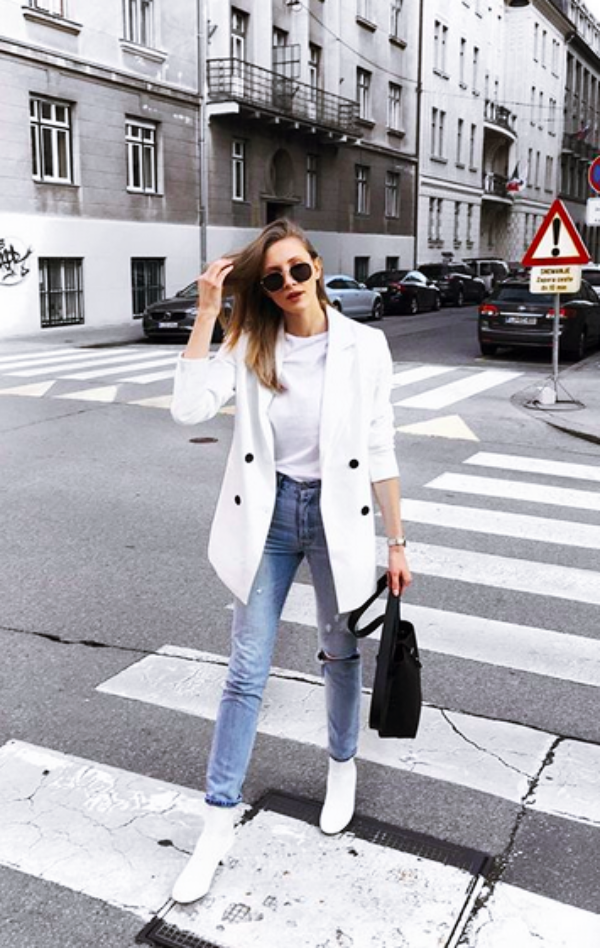 Stylish-Blazer-Outfits-for-Business-Women