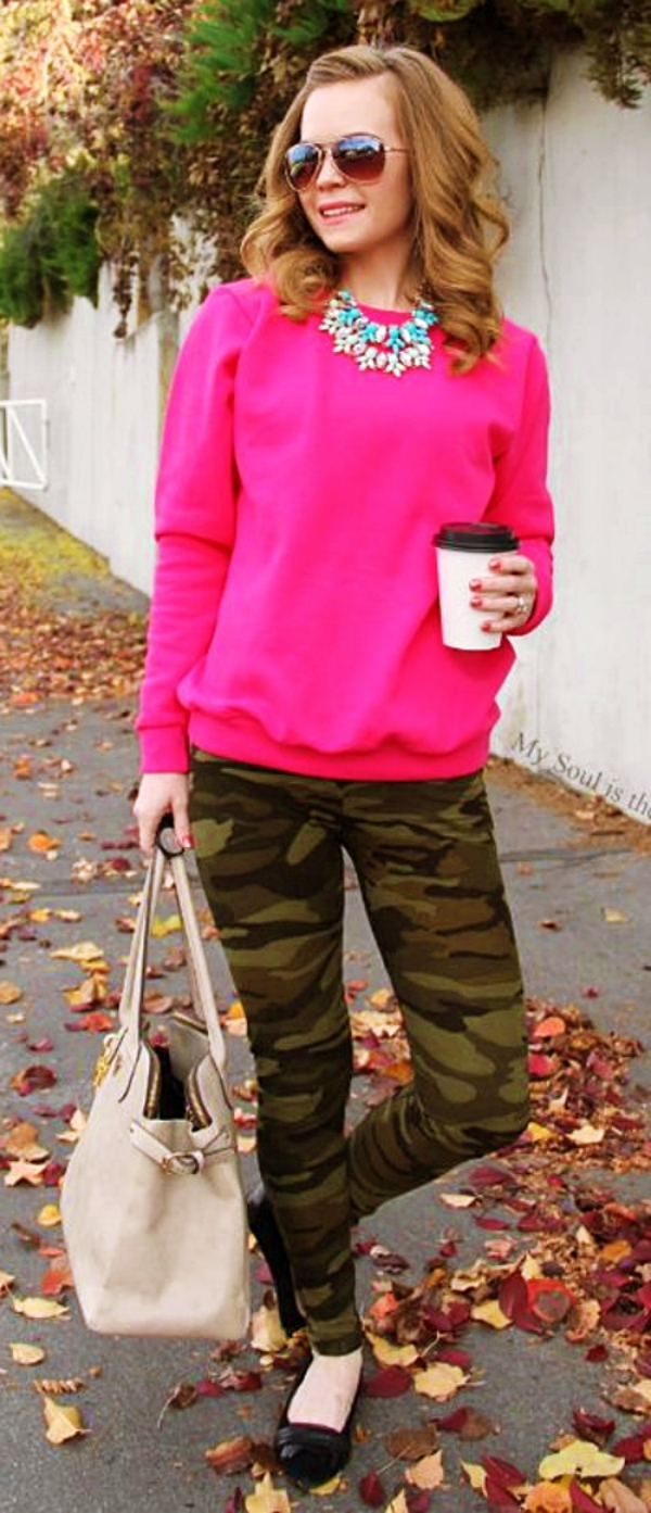 Casual-Sweatshirt-Outfits-For-Fall