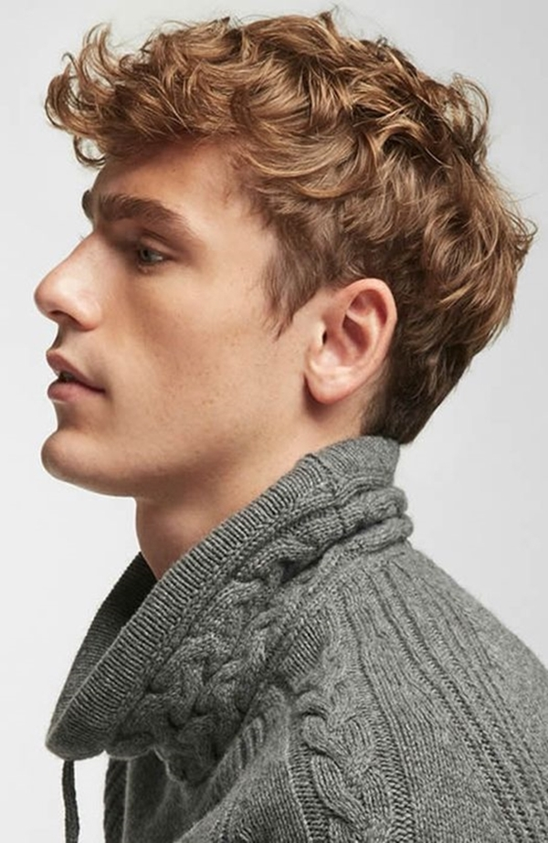 hairstyles-for-men-with-curly-hair