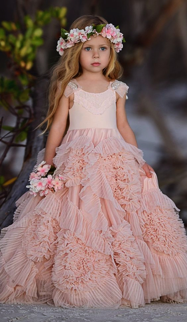 How-to-pick-right-dress-for-your-flower-girl
