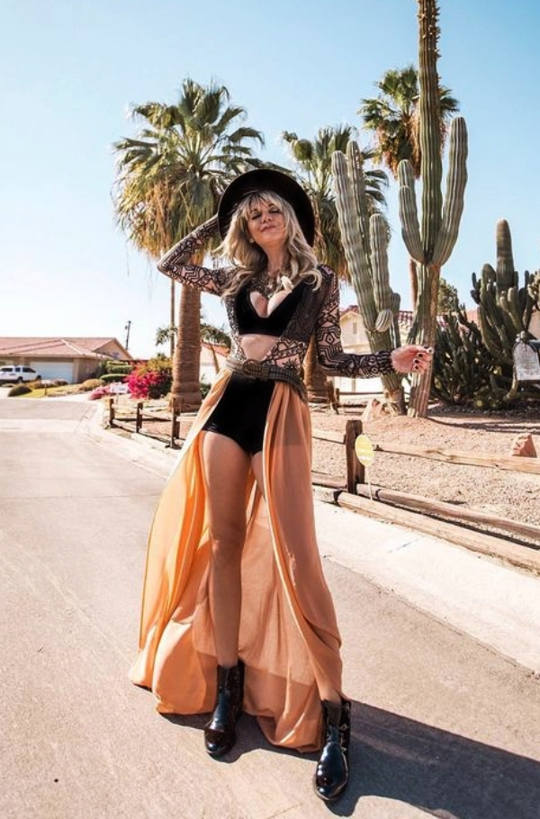 Trending-Coachella-Outfits-to-Steal-Right-Now