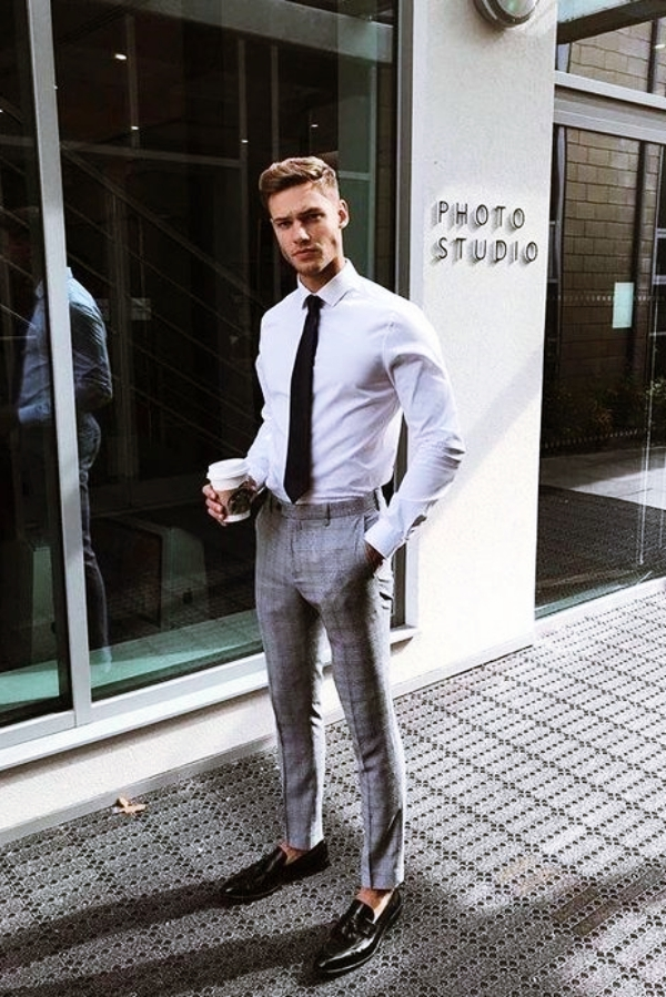 Classy-and-Formal-Business-Outfits-for-Men-2019