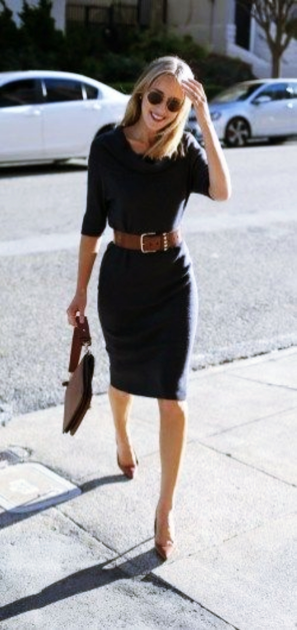 Important Fashion Tips for Hourglass Shaped Women