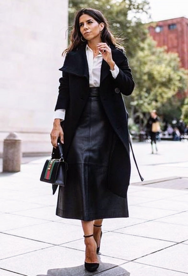 Professional-Work-Outfits-for-Women-Over-40