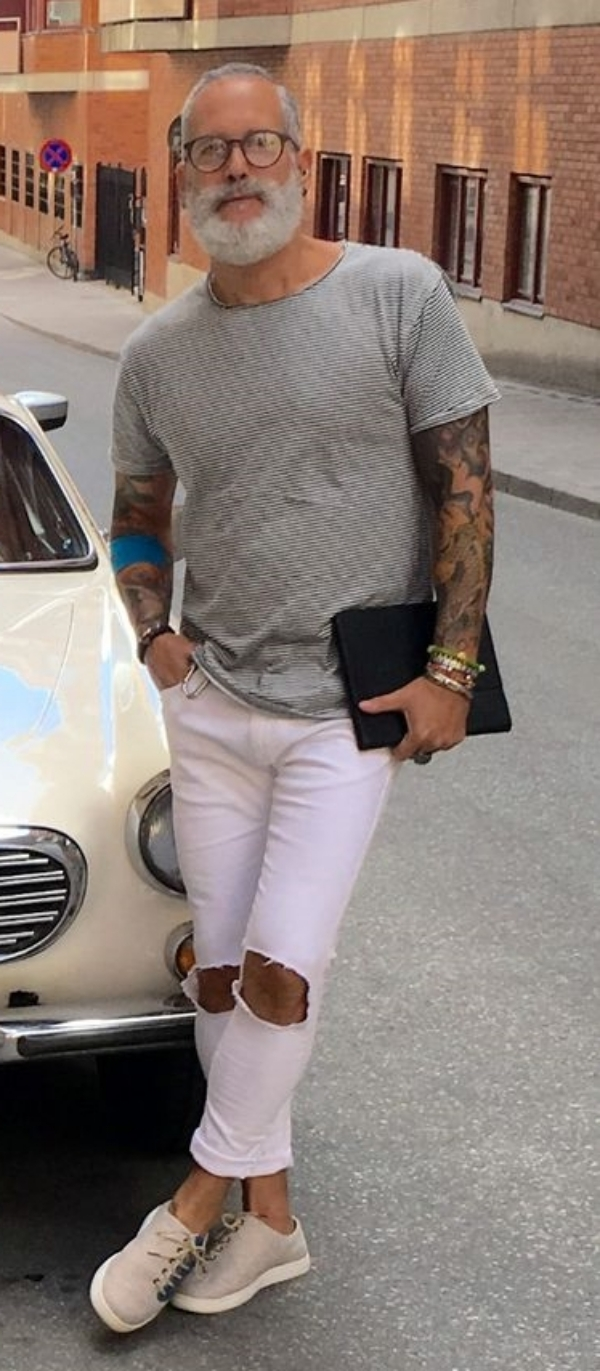 Classy-Casual-Outfits-For-Average-Men-Over-50
