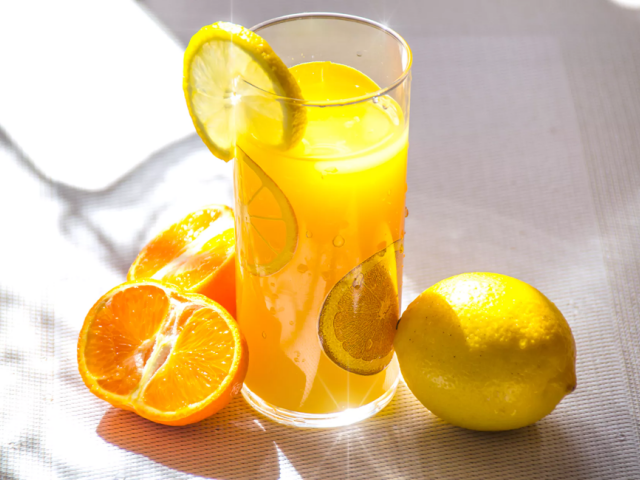 How-to-Make-a-Refreshing-Drink-for-a-Healthy-Digestion