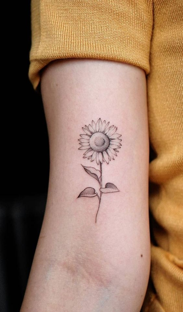 Small-Hand-Tattoo-with-Deep-Meanings