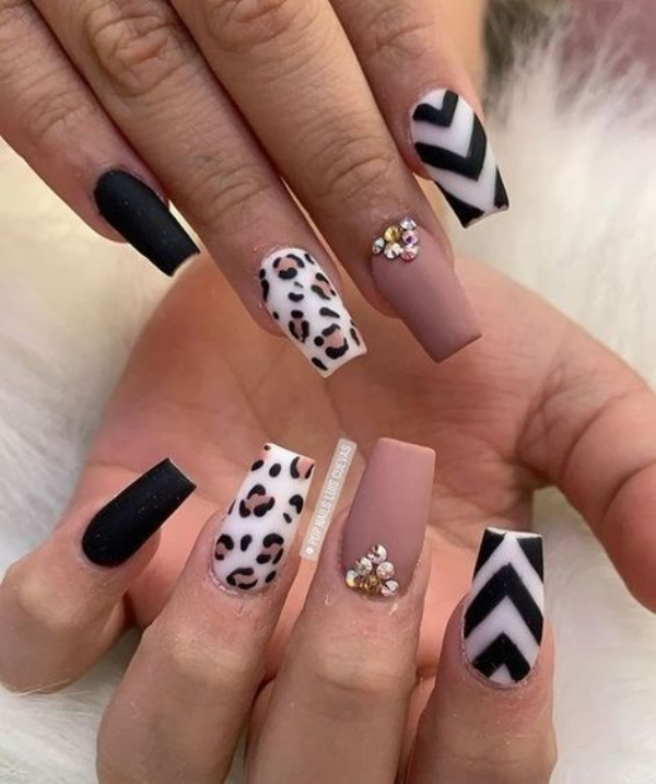 45 Stunning Fall Acrylic Nail Designs and Ideas 2019