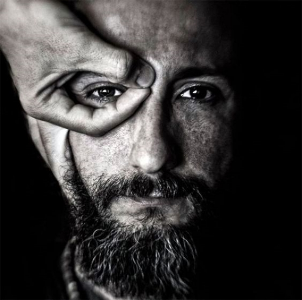 Best Portrait Photography Poses and Ideas for Men