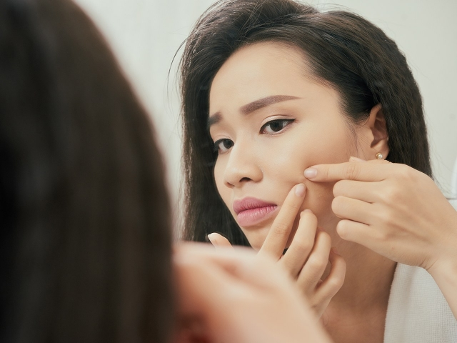 Quick-Tips-To-Get-Rid-Of-Blackheads-On-Nose