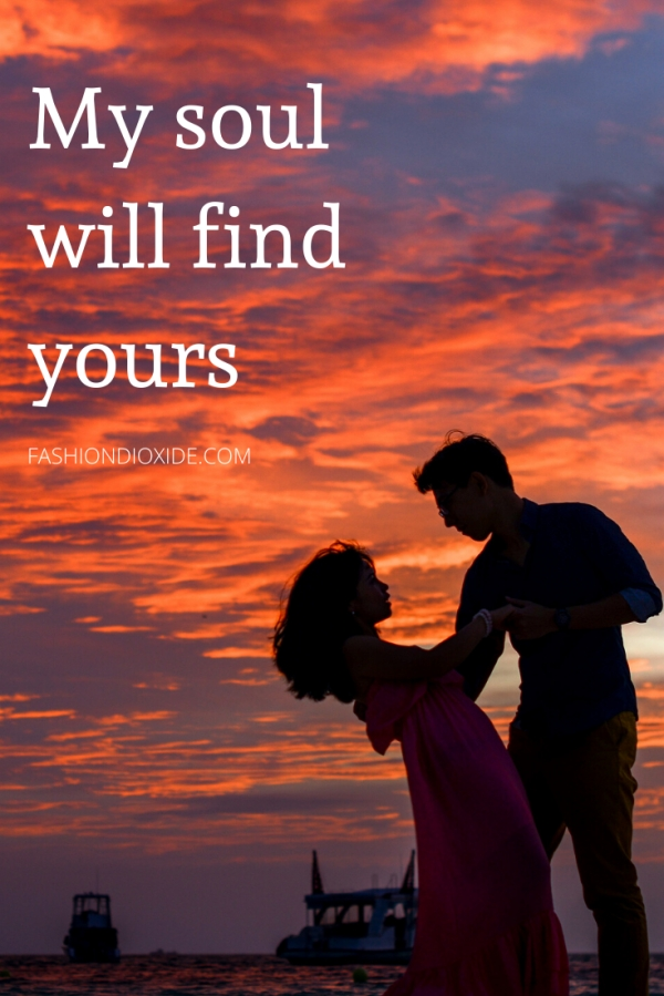 37 Romantic Valentines Day Quotes and Short Poems for